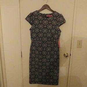 Black and white Betsey Johnson sheath dress.